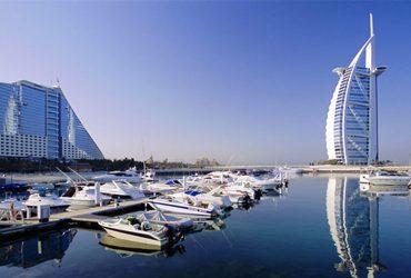 امارات متحده عربی کوچک و ثروتمند